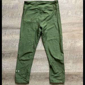 Under Armour Green Capri Legging XS
